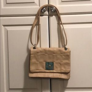DKNY Quilted Shoulderbag